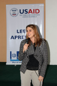 Karen Towers, Education Team Leader de USAID.